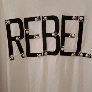 REBEL WILSON- HIGH END TSHIRT